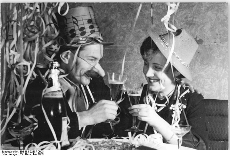 """""""Bundesarchiv Bild 183-22857-0003, Neujahrsfest"""" by Bundesarchiv, Bild 183-22857-0003 / CC-BY-SA 3.0. Licensed under CC BY-SA 3.0 de via Commons."""